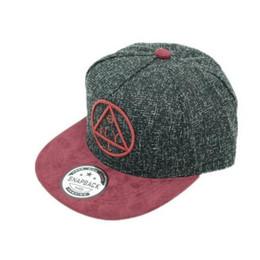 2018 ALLKPOPER Chirdren Snapback baseball Caps hip hop cap NY round  triangle embroidery flat brim hat boys girls casquette 03fe2b12f1d