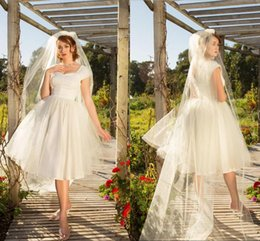 56369bf95f5e Country Style Square Neck Short Garden Wedding Dresses 2019 Cap Sleeves Tea  Length A Line Beach Bridal Gowns Zipper Back Wedding Dresses