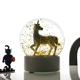 China Comfortable Life Snow Globe Flamingo Unicorn Romantic Snowflake Crystal Ball Creative Snowball Household Decoration suppliers