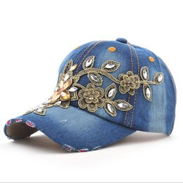 $enCountryForm.capitalKeyWord Canada - 2017 Fashion Full Crystal Floral Sport Outdoor Denim Baseball Cap Bling Rhinestone hip hop Adjustable Snapback Hat for women