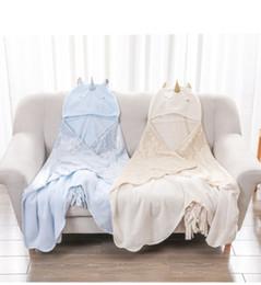 $enCountryForm.capitalKeyWord Australia - Unicorn cartoon Plush shawl Cloak kids Toy flannel lazy blanket Halloween Party cosplay Props Home Decor warm blanket gold stamping FFA1143