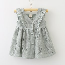 $enCountryForm.capitalKeyWord NZ - 2019 INS Baby Girl Lace Princess dress Toddler V-neck Buttons Petals sleeve dress Middle little girl dress Cute 2T 3T 4T 5T 6T 7T