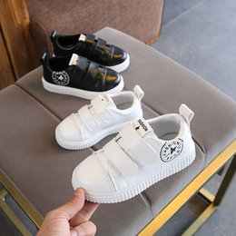 f28c69690214 European Cool hot sales children sneakers high quality breathable soft girls  boys shoes noble prince cute baby kids shoes