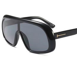 726e1cf12f Nuevo diseño de marca de moda mujeres de gran tamaño gafas de sol Vintage  Unique Siamese Eyewear campaña marco grande gafas de sol de mujer Gafas W43