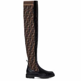 fd13d418e Designer Da Marca Da Mulher Novo sobre o joelho coxa-alta Casuais botas  planas de lã meia botas elásticas estrelas senhora inverno sapatos de alta  qualidade ...