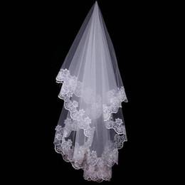 Hot Veils Australia - Hot Wedding Accessories Short Wedding Veil White Ivory One Layer Bridal Veil Appliques Lace Edge 2018