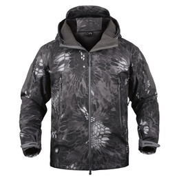 China Dropshipping Lurker Shark Skin Softshell V5 Tactical Jacket Men Waterproof Coat Camouflage Hooded Army Camo Clothing supplier camouflage dropshipping suppliers