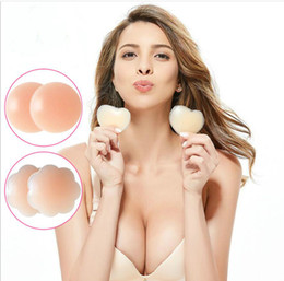 Wholesale Reusable Round Shape Silicone Breast Petal Pasties Adhesive Nipple Cover Pads Sexy Invisible Bra Patch Shaper Sticker Tape