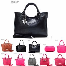 b98003819d 4 Colors Pink Handbags Shoulder Bags Women Love Handbags Large Capacity  Travel Duffle Striped Waterproof Beach Shoulder Bag CCA7602 10pcs