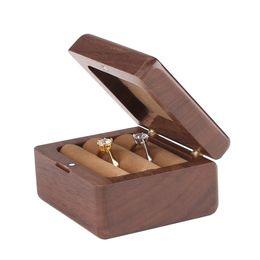 $enCountryForm.capitalKeyWord UK - 1 Piece Brown Walnut Wood Ring Box Small Vintage Earrings Storage Box Elegant Wooden Jewelry Gift Boxes