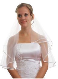0eeea83424 Blanco y marfil capa de arrastre Ribbon Edge Netting cintas del velo de  novia femenino borde vestido de boda accesorios