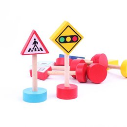 Lamp training online shopping - Train Track Parts Traffic Sign Toy Signal Lamp Warning Light Toys Wooden Model Accessories yb X