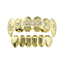 $enCountryForm.capitalKeyWord NZ - Hip hop golden silver grillz colorful diamonds tiger teeth dental grills real gold plated smooth rappers body jewelry Vampire teeth