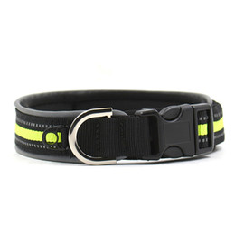 Chinese  Adjustable Pet Dog Collar Soft Diving Material Reflective Studded Buckle Dog Collar Safe Dog Lead Size M L manufacturers