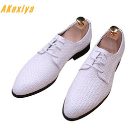 $enCountryForm.capitalKeyWord Canada - Men British Designer white black weaving Leather Shoes Oxfords Male Homecoming Dress Wedding Prom shoes Sapato Social zapatos