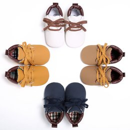 Wholesale Lovely Soft Shoes Sneakers Walking Trainer Infant Boy Girl Toddler Kid Baby Caring Boots