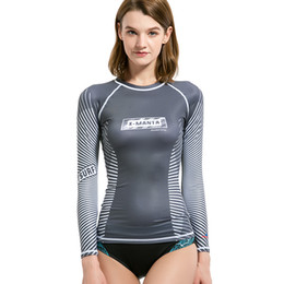 efc9df9473daa DIVE SAIL Rash Guard UV Shirt UPF 50 Trajes de cuerpo de secado rápido Mujer  Scuba Surf Diving Camiseta de manga larga Traje de baño de venta caliente