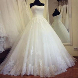 $enCountryForm.capitalKeyWord Australia - Vintage Lace Backless Wedding Dresses Real Images Strapless Ivory Draped Tulle Plus Size Corset Bridal Gowns Custom Made