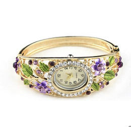 Chinese  Idealway Free Shipping Bangle Watches 18k Gold Filled Crystal Flower Women Bracelet Dress Quartz Watch Casual Wristwatch manufacturers