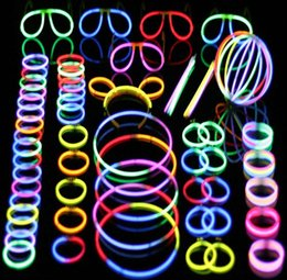 $enCountryForm.capitalKeyWord NZ - Glow Stick Creative Light Up Party Tube Favors Toys Mixed Colors Festival Decorative Glow Necklaces Bracelets J