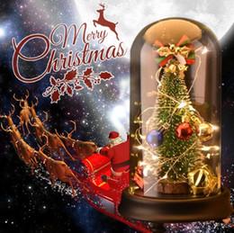 Toptan satış LED Işık ile Noel Ağacı Süslemeleri Müzik Kutusu Cam Kubbe Yapay Sahte Bitkiler Dekor Ev için Noel Süsler Hediye