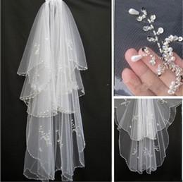 Beaded Veils White Australia - Beaded Vintage 2018 Cheap In Stock Bridal Veils Bridal Wedding Accessories Long Edged Formal Wedding Veils 052