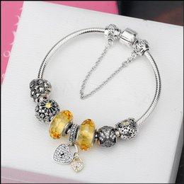 $enCountryForm.capitalKeyWord Canada - Latest Silver Snake Chain Heart Safety Clasp Bracelet Bangle Heart Pendant Yellow Beads Vintage Charms Original Jewelry for women