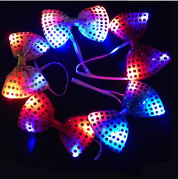 $enCountryForm.capitalKeyWord Australia - Fashion Flashing Bowknot Shape Tie Glowing In The Dark Sequins Ties Resuable LED Light Up Cravat For Wedding Decorations