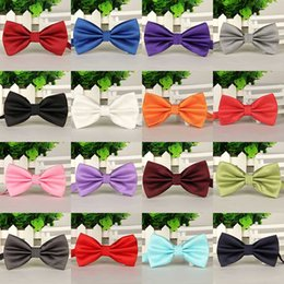 Chinese  18 Colors Solid Fashion Bowties Groom Men Colourful Plaid Cravat gravata Male Marriage Butterfly Wedding Bow ties business bow tie drop ship manufacturers