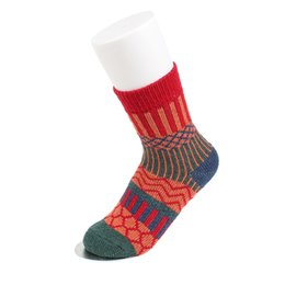 warmest thermal socks UK - Vintage Women Socks Ethnic Geometric Vertical Wave Socks Thick Lines Middle Thermal Sock Winter Warm Female Rabbit ool Clothing
