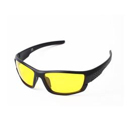 c1fc4b378c 2018 NUEVAS gafas de sol polarizadas Hombres Deporte Gafas de sol Diseñador  de marca Visión nocturna Conducción nocturna Luz mejorada antideslumbrante  UV400