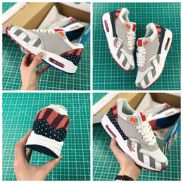 ShoeS men max 87 online shopping - High Quality Maxes Netherland Designer Piet Parra x White Multi Rainbow Running Shoes s s AT3057 Men Women air Sneakers Trainers
