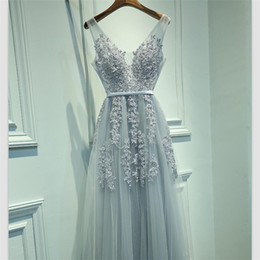 China 2019 Elegant Silver Gray Organza A Line Evening Dresses Beades Lace Custom Lace Up V Neck Prom Gowns Free Shipping supplier beades dress suppliers