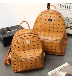 $enCountryForm.capitalKeyWord Canada - Fashion Women School Bags Hot Punk style Men Backpack rivet designer Backpack PU Leather Lady Bags