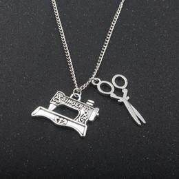 $enCountryForm.capitalKeyWord NZ - SG New Fashion Vintage Tailors Metal Necklaces High Quality Creative Scissors Sewing machine Pendant Collar Necklace Chaveiro