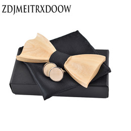 cufflink knots UK - Novelty three-dimensiona Novel 3D wooden wedding suit tie knot Cufflinks tie square wooden package classic Wooden Ties Gravata