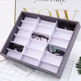 Wholesale designer eyewear accessories sunglasses cases display luxury lint shelves sunglasses display hot fashion free of shipping