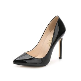 $enCountryForm.capitalKeyWord UK - 2018 High Quality Fashion Large Size Crystal Wedding Women Girls High Heels Heeled Pumps Dress Shoes