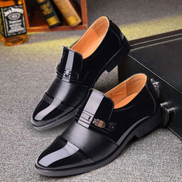 $enCountryForm.capitalKeyWord NZ - Patent leather men wedding shoes men formal classic shoes men loafers black suit shoes plush zapatos oxford hombre homme chaussure ayakkab