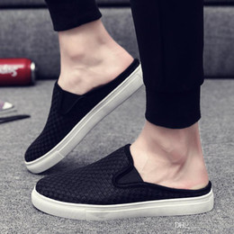 $enCountryForm.capitalKeyWord NZ - NEW Europe Brand Classic kicks mule half slippers White black men outdoor shoes Slippers Designer Shoes Summer Beach Flip Flops