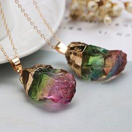 Vergoldeter natürlicher Kristallchakra-Felsen-Halsketten-Quarz-Anhänger-bunter Stein im Angebot
