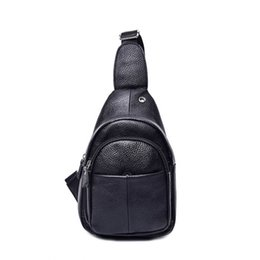 cowboy shoulder bag 2019 - 2018 NEW design Genuine leather cowboy chest unisex shoulder diagonal package chest foreskin Zipper opening cross body b