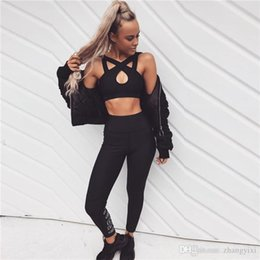 $enCountryForm.capitalKeyWord Canada - Wholesale Free Shipping Women Sexy Sport Running Breathable Yoga Cross Bras And Pants Fashion Sportswear Set