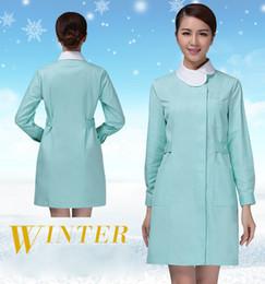 6578dc8bf ... e inverno espessamento de manga comprida roupas de enfermeira mulheres  rosa e verde casaco enfermeira roupas uniformes de trabalho do hospital  médico