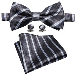 Chinese  Black and white striped bow tie designer set handkerchief cufflinks luxury fashion wedding business party LH-809 manufacturers