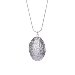 $enCountryForm.capitalKeyWord UK - Locket Necklace Vintage Floral Patterns Carved Oval Picture Memento Necklace Mother's Day Gift Put Photos Box Open Pendant Necklace
