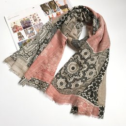 cotton ethnic scarf Canada - Ethnic Scarves for Women Cotton Hijab Totem Warm Lady Scarf Brand New 180x100 cm