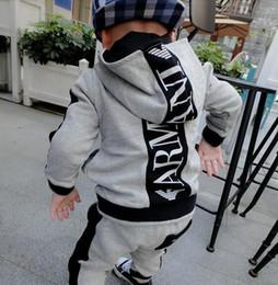 Venta al por mayor de NIÑOS SETS SUDADERAS CON MANGA LARGA BEBE ROPA NIÑOS 24M-7T baby boy clothes
