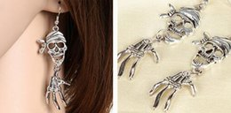 $enCountryForm.capitalKeyWord NZ - free shipping European and American Halloween accessories retro environmental protection zinc alloy skull plated antique silver ear ring exq
