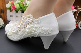 beautiful wedding dance shoes Australia - Handcrafted Pump Lace satin Flower Bridal Shoes Wedding Party Dancing Shoes Beautiful Bridesmaid Shoes Women high heel